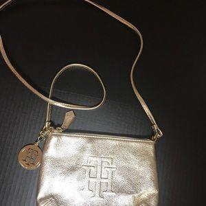 Tommy Hilfiger Bags - Cute Tommy Hilfiger purse EUC
